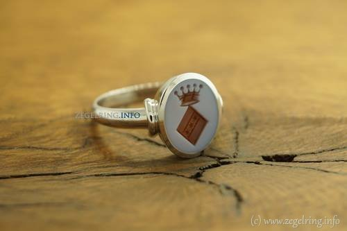 Received ring beautiful nederland gevallen